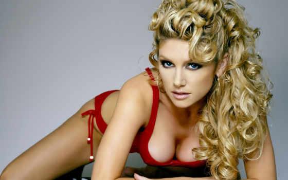 красном, devushki, девушка, кудрявая, blonde, hairstyles, girls, волосы, easy, roderick,