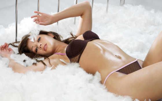 кровать, devushki, перья, nikki, sexy, sanderson, красивое белье, katie,