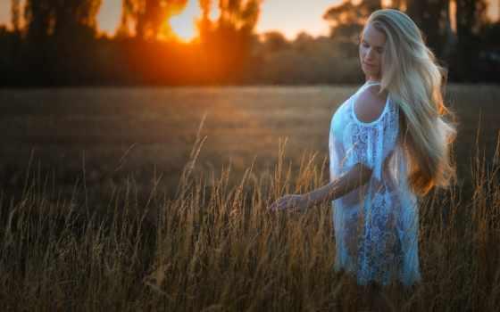 закат, blonde, поле, девушка, модель, настроение, вечер, природа,