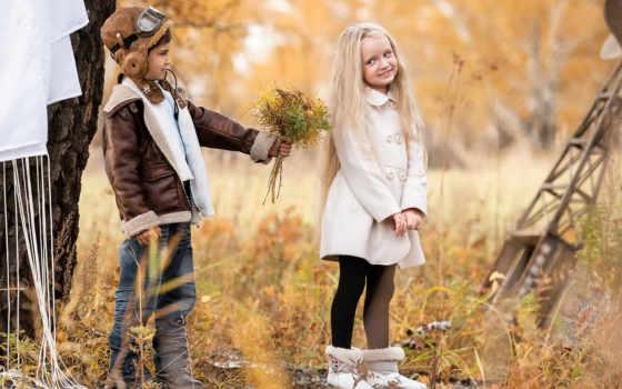 мальчик, девочка, цветы, букет, пилот