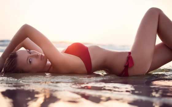 девушка в красном купальнике Фон № 75752 разрешение 1680x1050