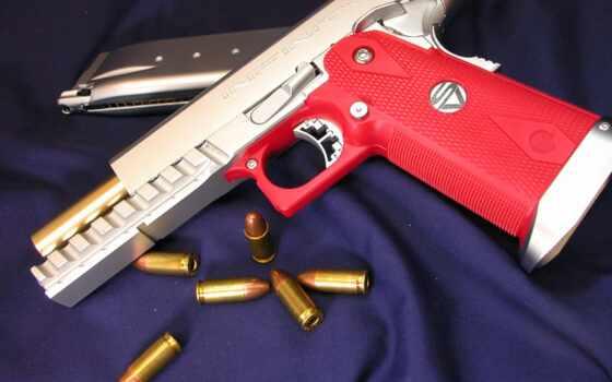 airsoftgun с розовой рукоятью
