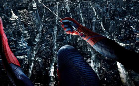 человек паук, город