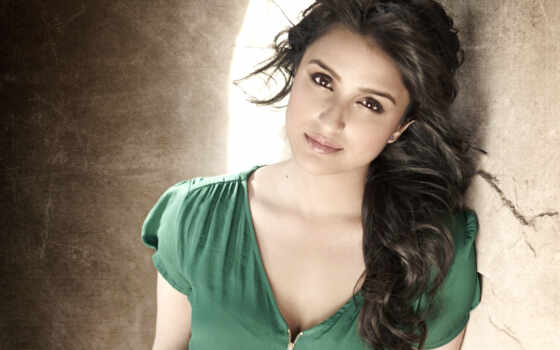 parineeti, chopra, ishq, daawat, aditya, bollywood,