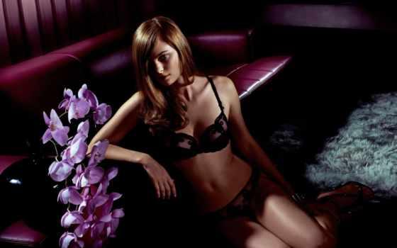 julie, gouy, белье, диван, взгляд, lingerie, орхидеи, нижнее, blonde,