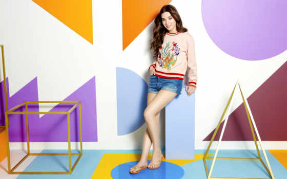 риф, hailee, steinfeld, new, escape, sandals, campaign, ан,