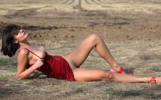 ,красное, платье, грудь, девушка, туфли,красное платье