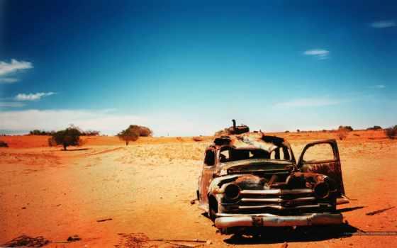 машина, пустыне