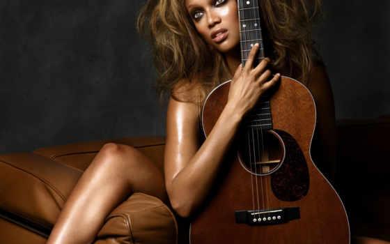 гитара, диван