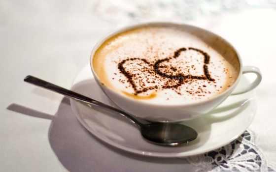 сердечки из корицы в кофе