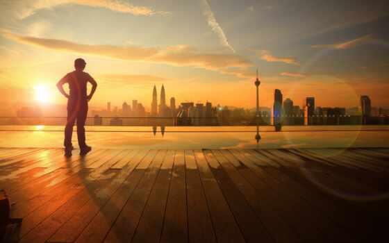 город, summer, утро, sun, день, море, boy, building, река, отражение