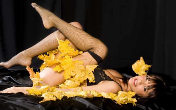 листья, люди, девушка, мотив, чулки, желтые, осень, взгляд, красивых, подборка, девушек,