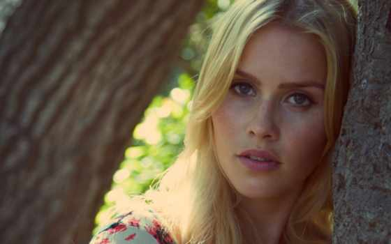 claire, holt, photoshoot