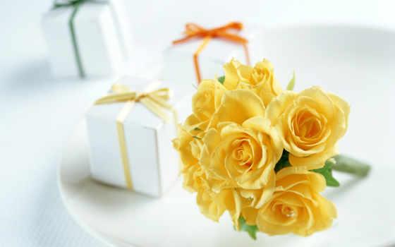 розы, желтые, тарелочке