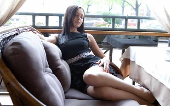 ножки, платье, девушка, женщина, кот, классные, сидит, отдыхает,