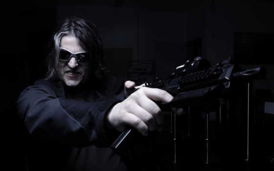 мужчина, оружие,