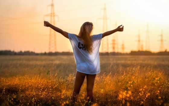 девушка, freedom, поле, стороны,