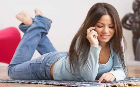 телефону, девушка, sayı, разговаривает, девушкой, than, если, звонки,
