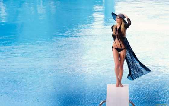 swimwear,