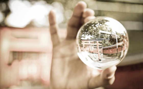 шар, glass, руке, котором, отображается, реальность,