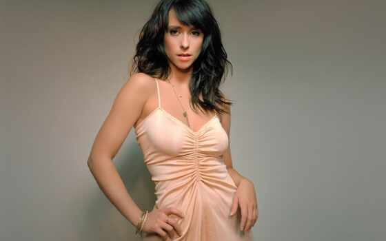 love, jennifer, hewitt