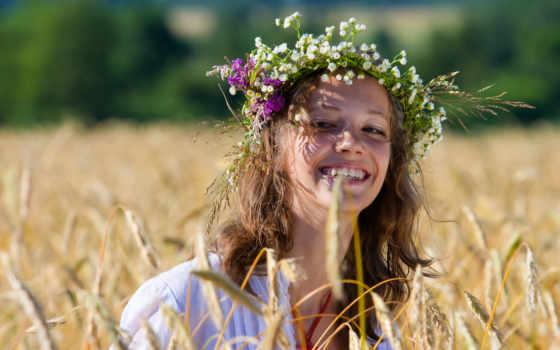 сделать, цветов, полевых, венок, июнь, помните, детстве, подружками, отправлялись, поле, спокойно,