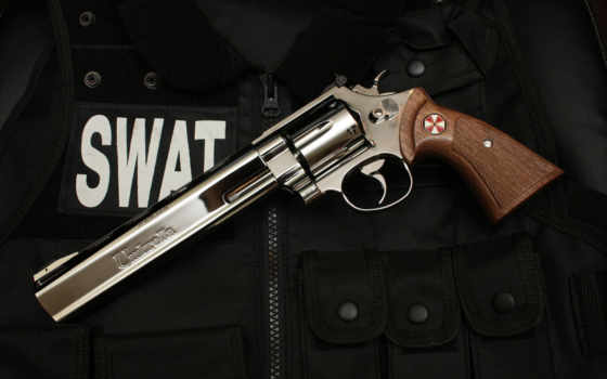 swat, револьвер