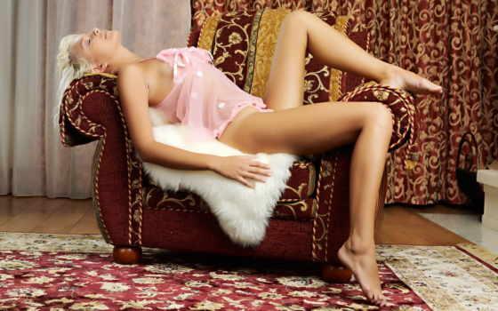 девушка, кресло, мех, ковёр, blonde, шторы, лежит, кресле, картинка,