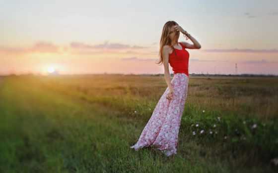 девушка, blonde, закат, поле, картинка, cvety, sun, модель, природа, платье, devushki,