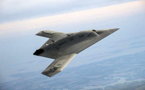 Беспилотник x-47b.
