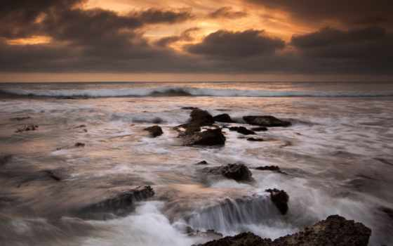 берег, камни
