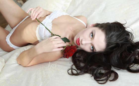 цветок, лицо, жанна, губы, девушка, белое, брюнетка, глаза, белье, модель, роза, нижнее, удивительными,