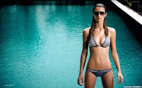девушка в купальнике Фон № 52044 разрешение 1920x1200