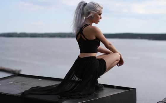 девушка, платье, черном, devushki, волосами, белыми, стоит, card, окна, яndex, волос,