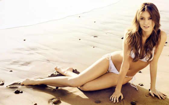 девушка, песок, пляж