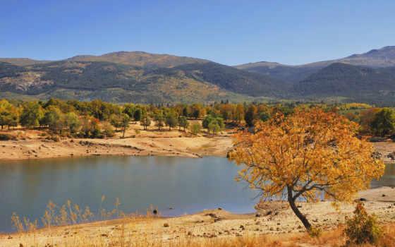 горы, дерево, landscape, озеро, осень, трава, песок, лес, холмы, река, берега,