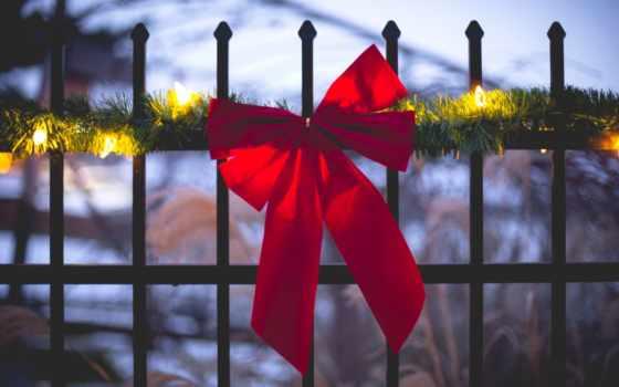 огни, забор, winter, garland, город, праздник, red, ленточка,