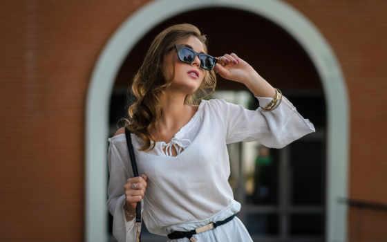 девушка, женщина, модель, взгляд, город, поле, фон, глаза, id, preview