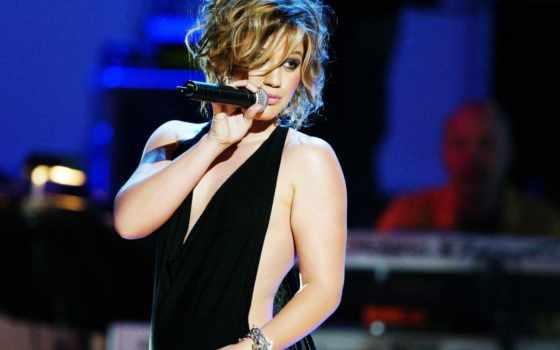 scene, singer, hot