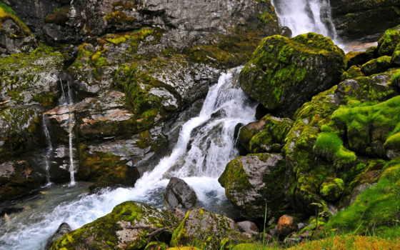 скалы, водопад, мох