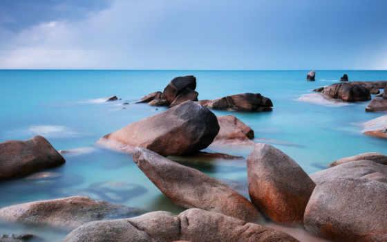 море, камни, гладь