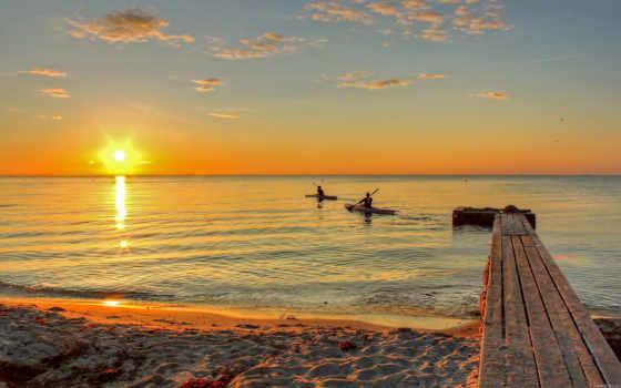 море, закат, лодки