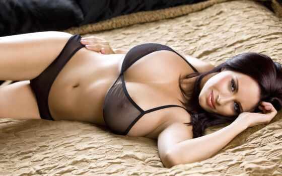 грудь, девушка, devushki, braddy, кровать, sammy, brunette, erotica, улыбка, модель,