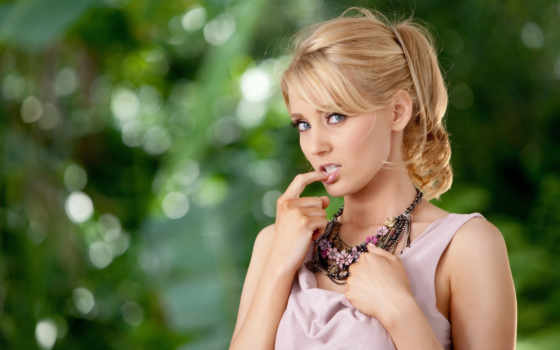 blonde, скромная, cute, девушка, скучать,