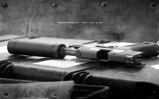 пистолет, оружие Фон № 21746 разрешение 1920x1200