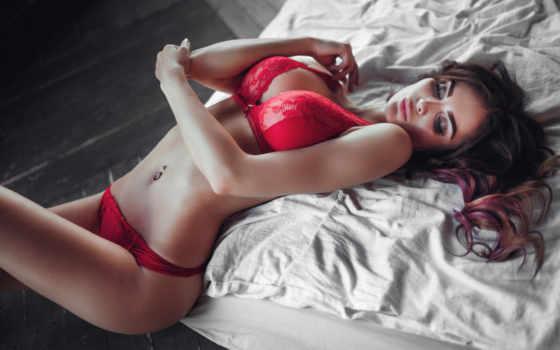 , красное белье, дамское белье, одежда, красота, красный, модель, провокатор, нога, губа, предмет нижнего белья,