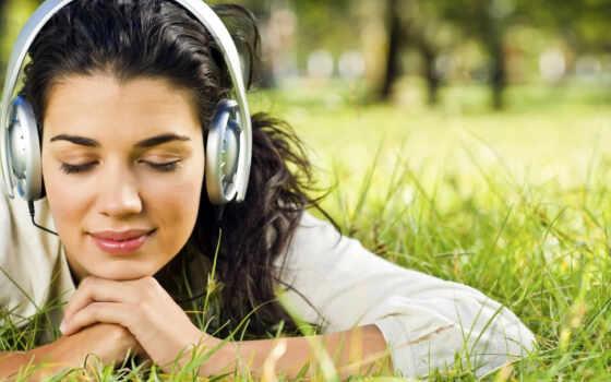слушать, музыку, наушниках