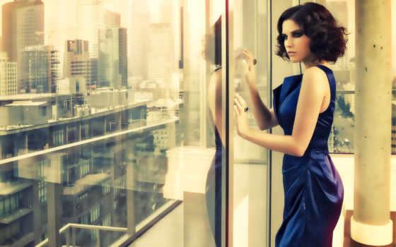 окна, девушка, близко