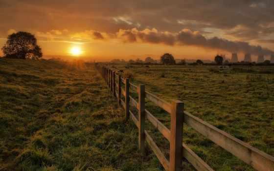 закат, небо, забор, вечер, oblaka, trees, sun, трава, дым, солнца, wooden,