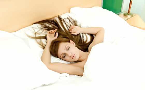 девушка, спит, кровать, подушки, glass, руки, волосы,